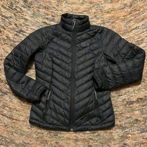 Mountain Hardwear  black puffer jacket small